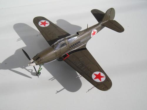 Bell P-39N v sovětské kamufláži